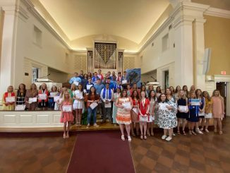 Group photo of all honorees at KCHS Honors Day 2021